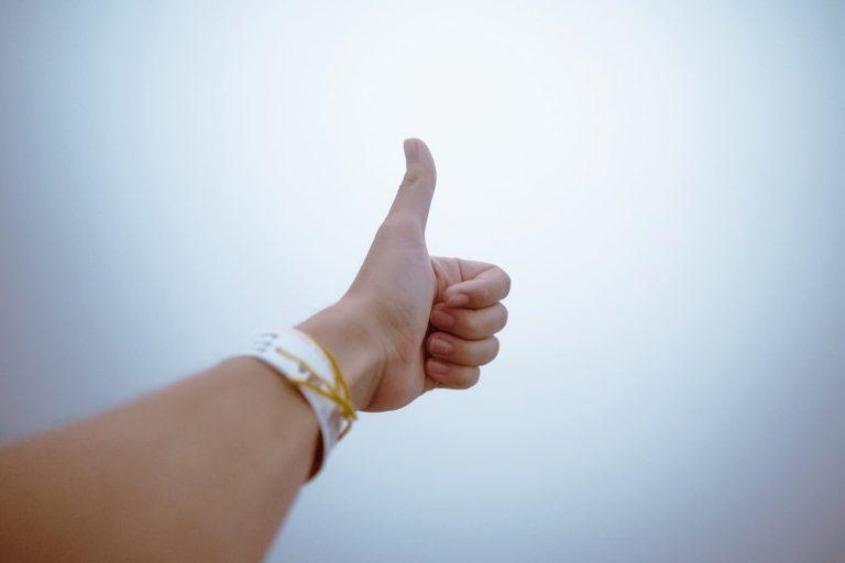 פרשנות חיובית: 3 שלבים בדרך לגישה חיובית לחיים